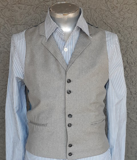 Wool pinstriped 6 button collared waistcoat, size M