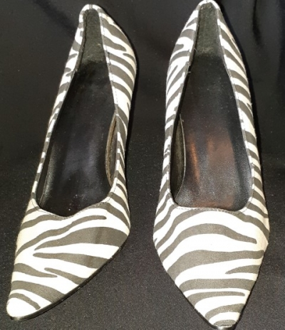 Zebra print canvas court shoe, size 39