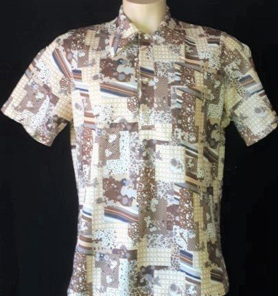 1970's polyester short sleeve disco polo shirt, size L