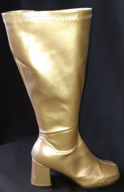 knee high boots by 'Elle', PVC, gold size 10