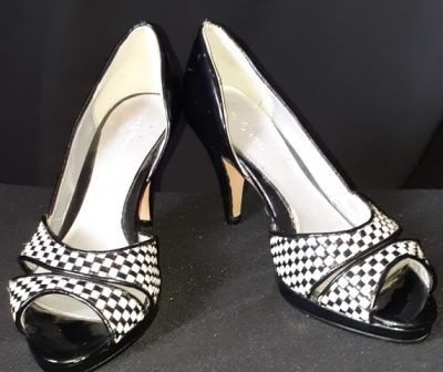 Gingham print, synthetic peep-toe heels by 'Target', size 6