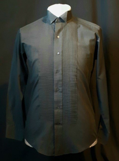 Black winged tip dinner shirt, poly/ cotton, USA by 'Chaplin' size S