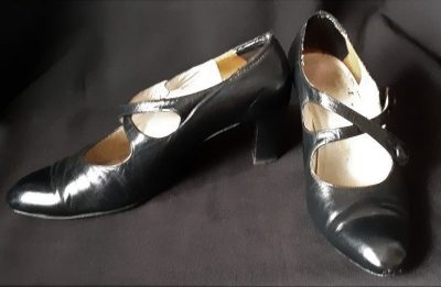 Black Leather 20's inspired cross over strap shoe, size 39