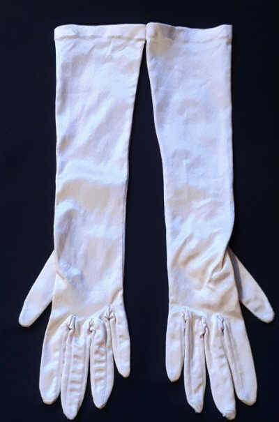 Satin gloves, 3/4 length, pale apricot, size XXS