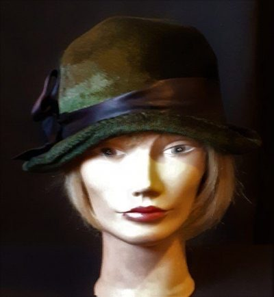 Vintage Velvet cloche hat, 56cm, bottle green with black ribbon trim.