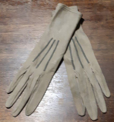 Vintage suede gloves, olive, made in France, size 8 1/4.