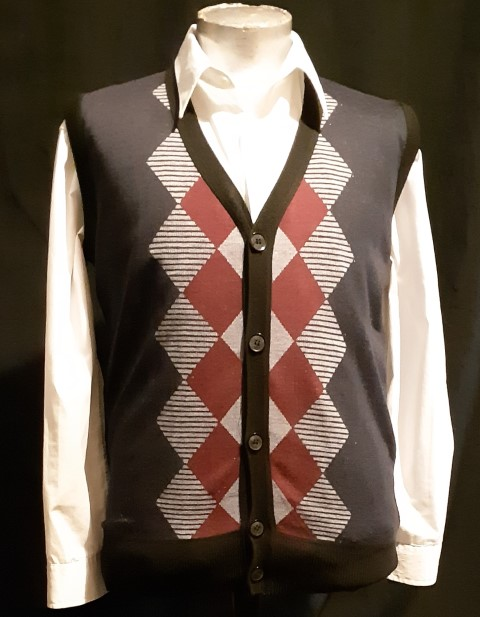 Argyle front panel Acrylic knitted Vest by 'Johnny', size M