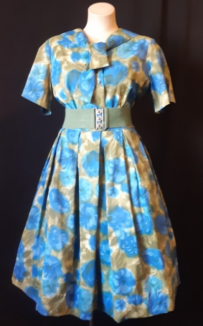 Original 50's swing dress, floral print, nylon/ rayon, by 'Lorna Fashions Inc.', size 16.