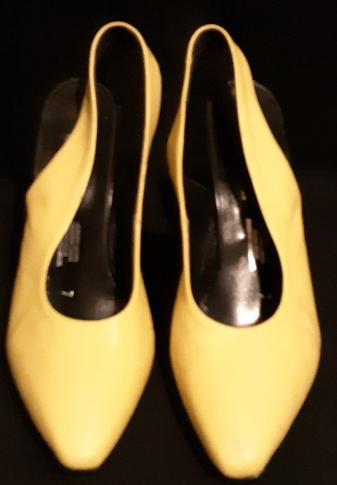 Sling back leather heels, bright yellow by 'Joshua Berger', Size 7