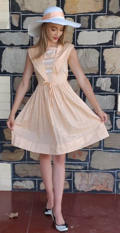 1950's Cotton day dress, apricot, USA, by 'Arlene Airess' size 6