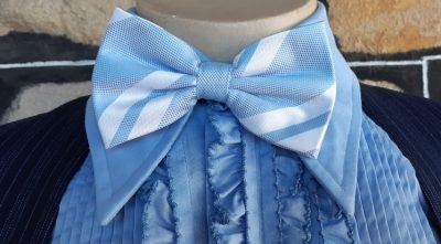 Bow tie, pale blue striped, USA, polyester by 'Jon Vandyk' hand made