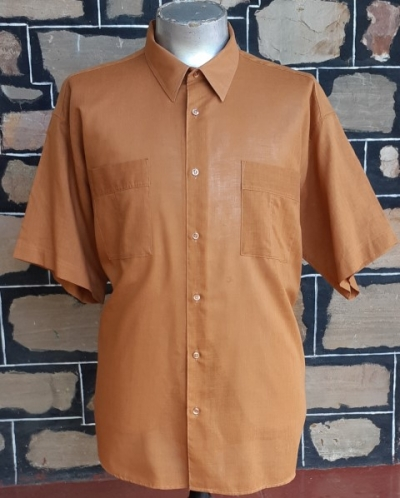 1970's Safari style shirt, poly/cotton, cinnamin, by 'Bel Air Country Club' size 2Xl -3XL