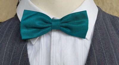 Vintage Bow tie, green polyester on adjustable tie.