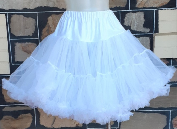50's inspired short petticoat. double layer, polyester by 'Hell Bunny' size XS-M
