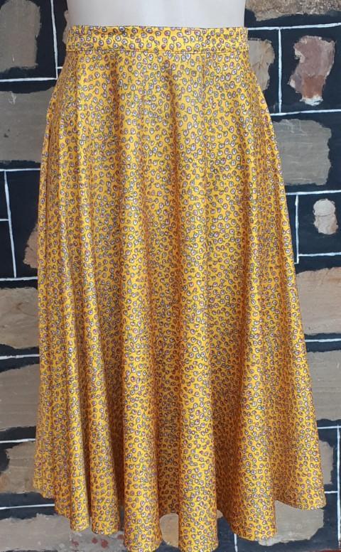 Full circle skirt, polyester, mustard daisy print, 1970's, size 14