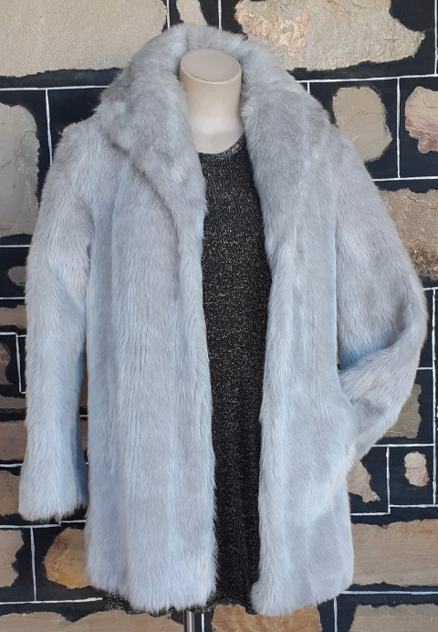 1970's Faux Fur 3/4 length Coat, Silver Grey, Bell sleeves, Size 12-14