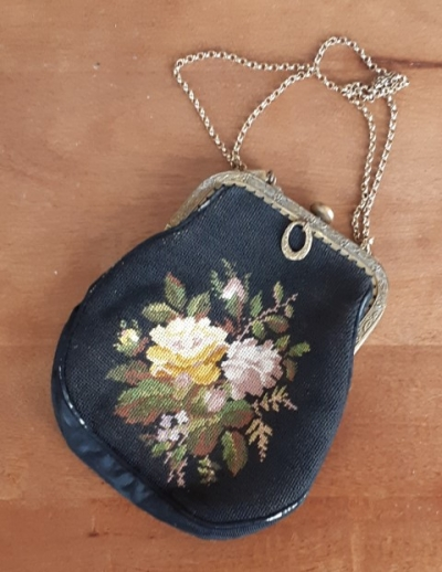 Vintage 1930's Evening Bag, Black tapestry, rayon/cotton/brass, small