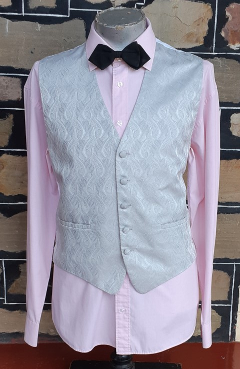 """Waistcoat, Silver Damask, polyester by """"Gingiss' size XL"""