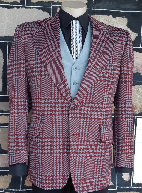 1970's Jacket, wide lapels, maroon/grey check, polyester by 'Taverly' USA imported, size L