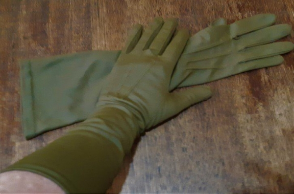 Vintage 3/4 length glove, olive, nylon, size 7